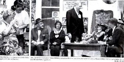 Schluß Bild, Theaterabend 2004